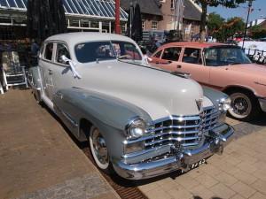 1947_Cadillac_Series_61