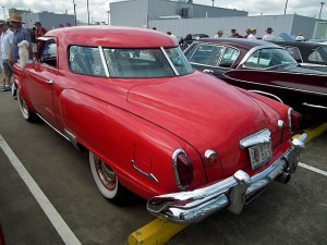 1951_Studebaker_Champion_Starlight