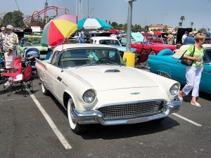 1957_Ford_Thunderbird_White
