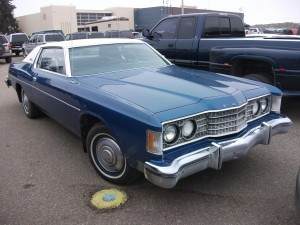 1974_Ford_Galaxie_2-dr Hardtop
